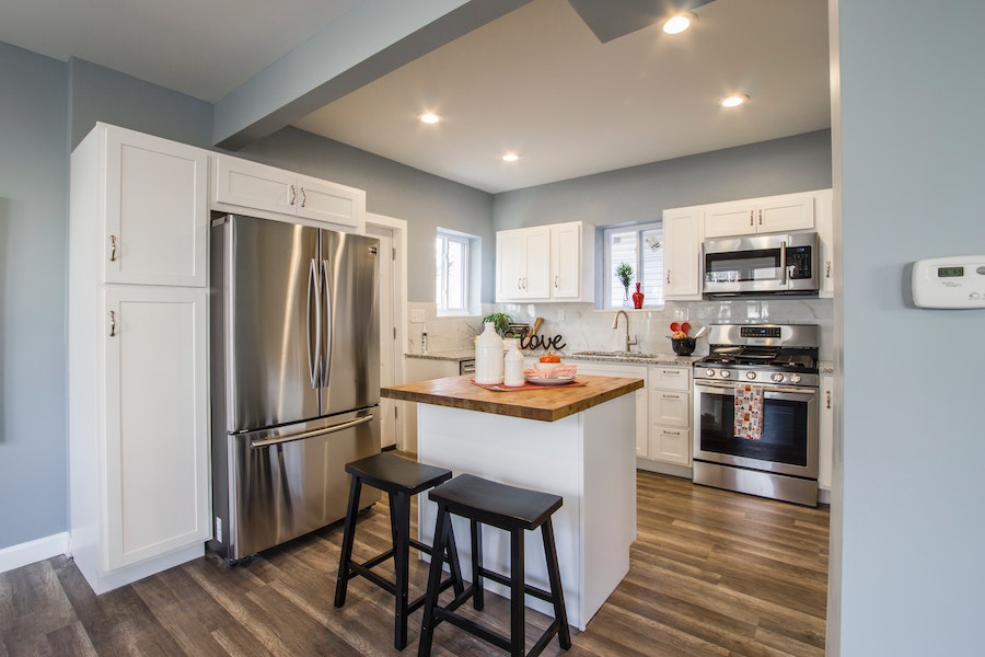 Small kitchen inspired by the 2020 housing market