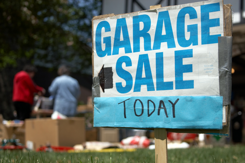 yard sale for spring home selling